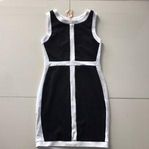 BAILEY 44 Black and White Sheath Dress Colorblocke